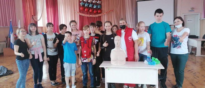Для учащихся средней школы №10 Ульяновска состоялся мастер-класс по оказанию первой помощи